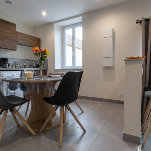 Location saisonnière de gîtes près des châteaux de la Loire 1 chambre, Chambord, Cheverny, Chenonceau, Chaumont, Azay, Villandry, Espace repas moderne